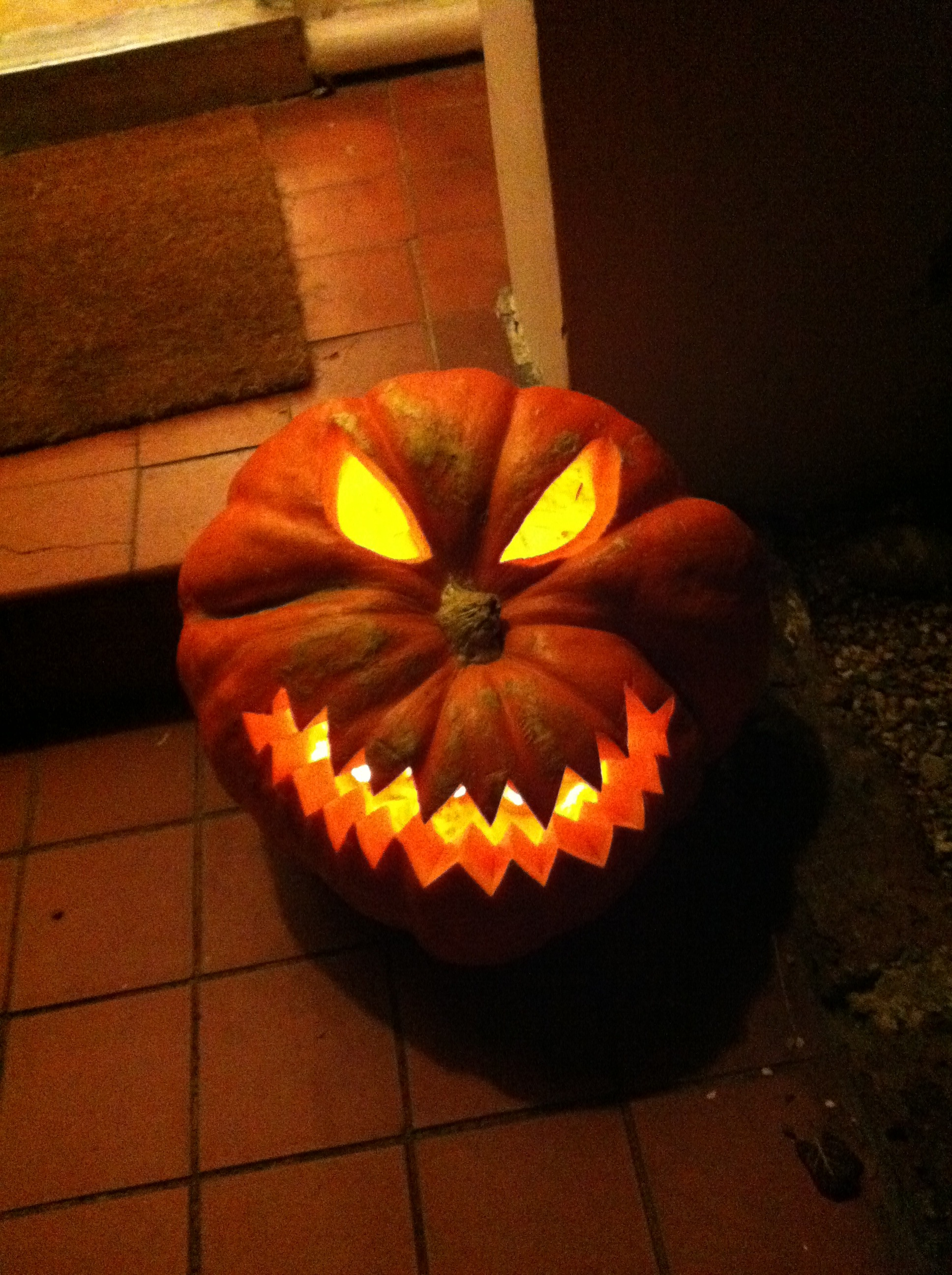 Jagged teeth pumpkin