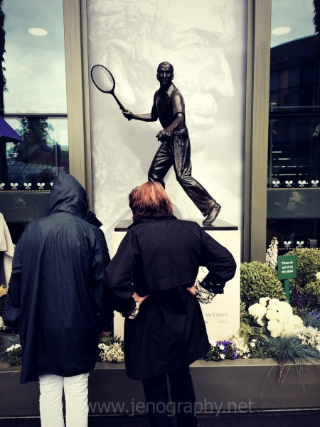 Fred Perry Statue at All England Tennis Club