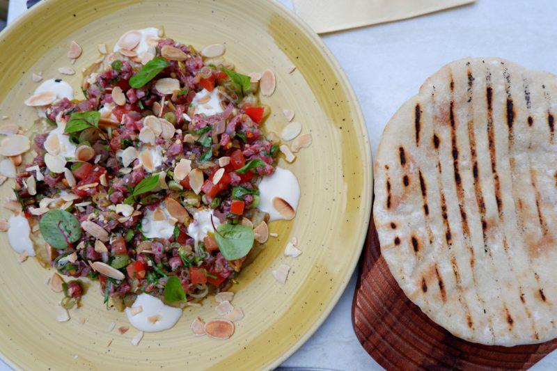 beef tartare at Bistro Vadouvan