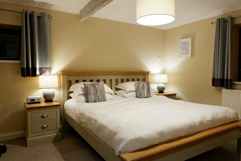 Linney Cottage master bedroom