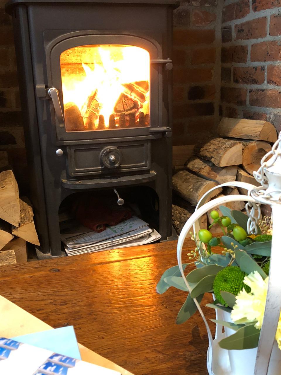wood burning stove Hurley House Hotel - Jenography