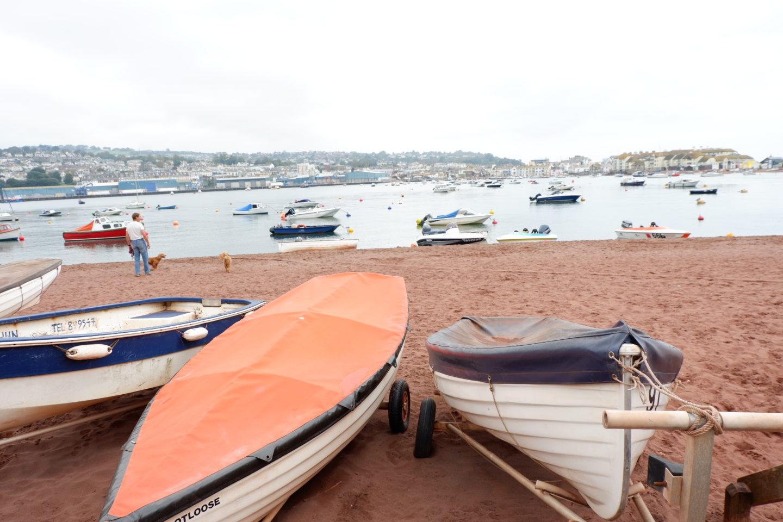 boats on shore in Shaldon South Devon - Jenography