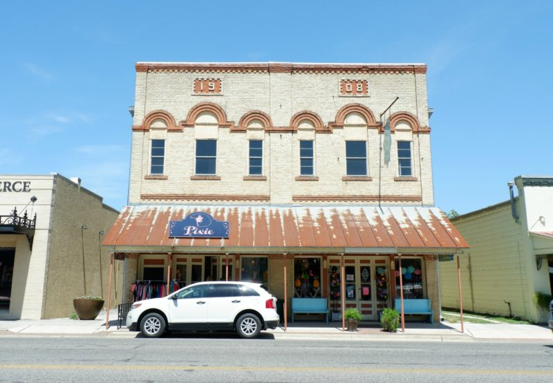 building in downtown Boerne, Texas